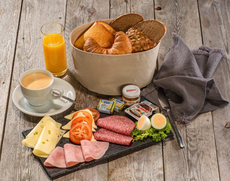 """""""das Frühstück"""" - 8,90 €"""