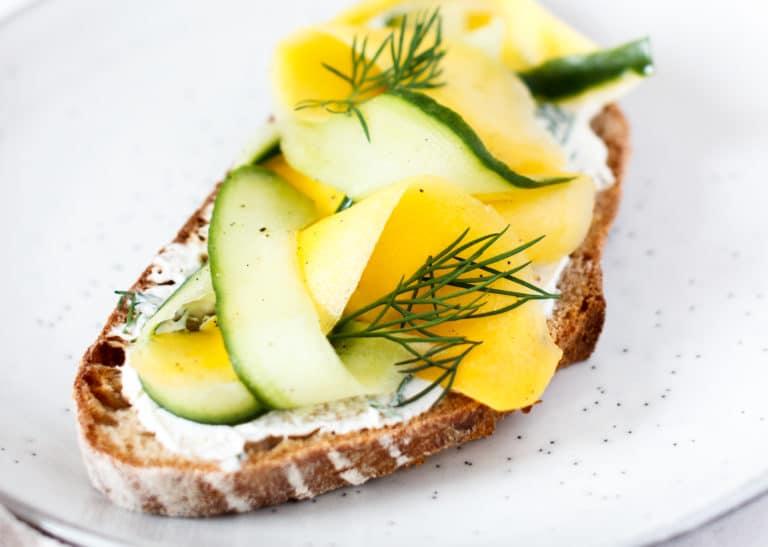 Frischkäse-Gurke-Mango